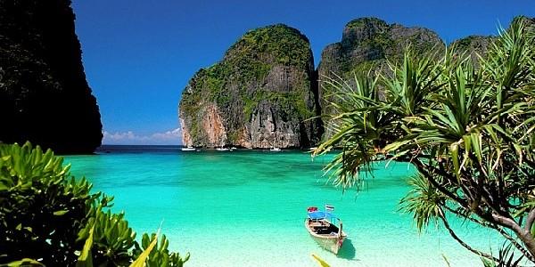 Куда поехать отдыхать в декабре на море за границей 2021 с ребенком, недорого, без визы?